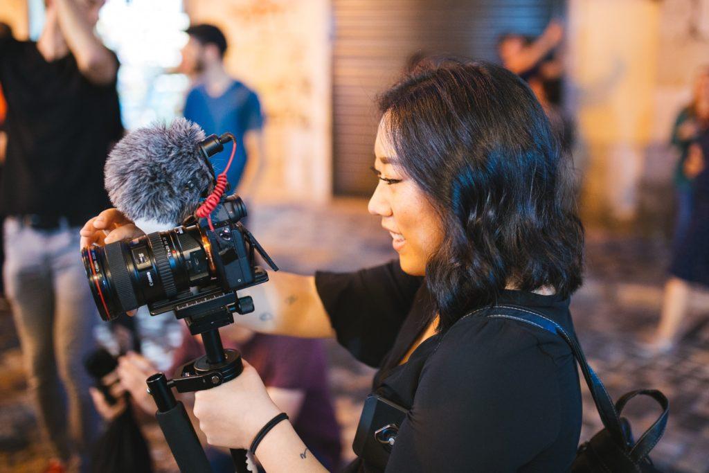 Le métier de journaliste fait partie des professions que l'on peut parfaitement exercer en tant qu'indépendant avec différents statuts.